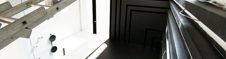 aranżacja wętrza mieszkania black and white