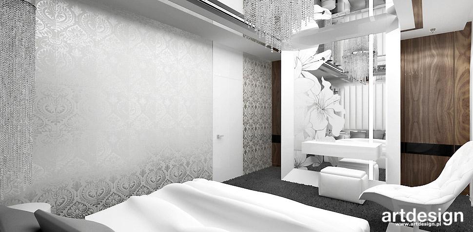 dekoracyjna tapeta w sypialni