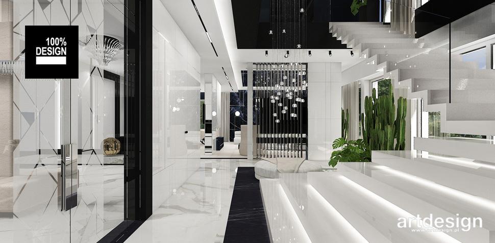 białe schody dywanowe aranżacje